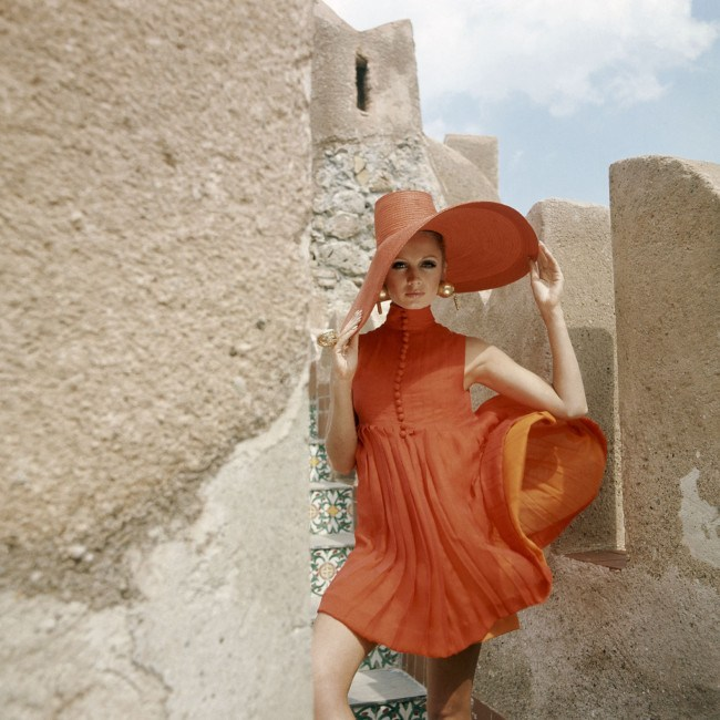 a-1960s-vogue-summer-look-from-palermo-italy