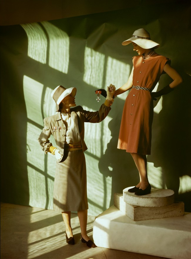two-models-wear-the-fashions-of-spring-1945