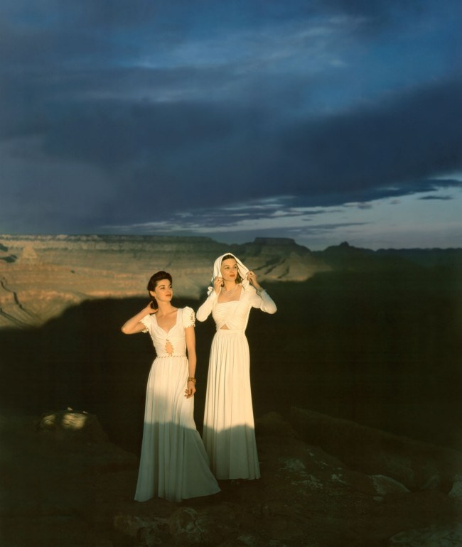 vogue-goes-to-the-grand-canyon-circa-1941