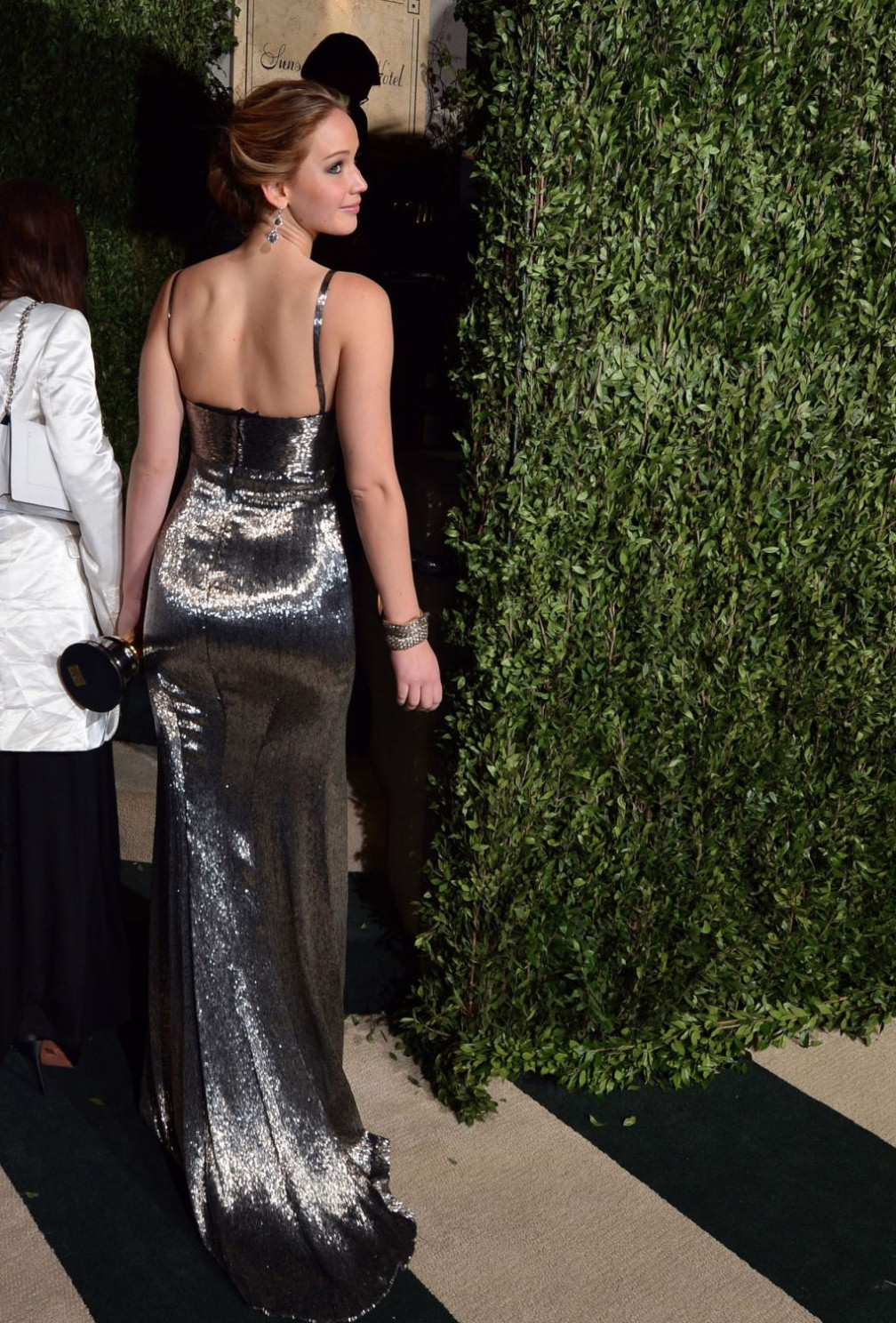 beautiful-dress-Jennifer-Lawrence-2