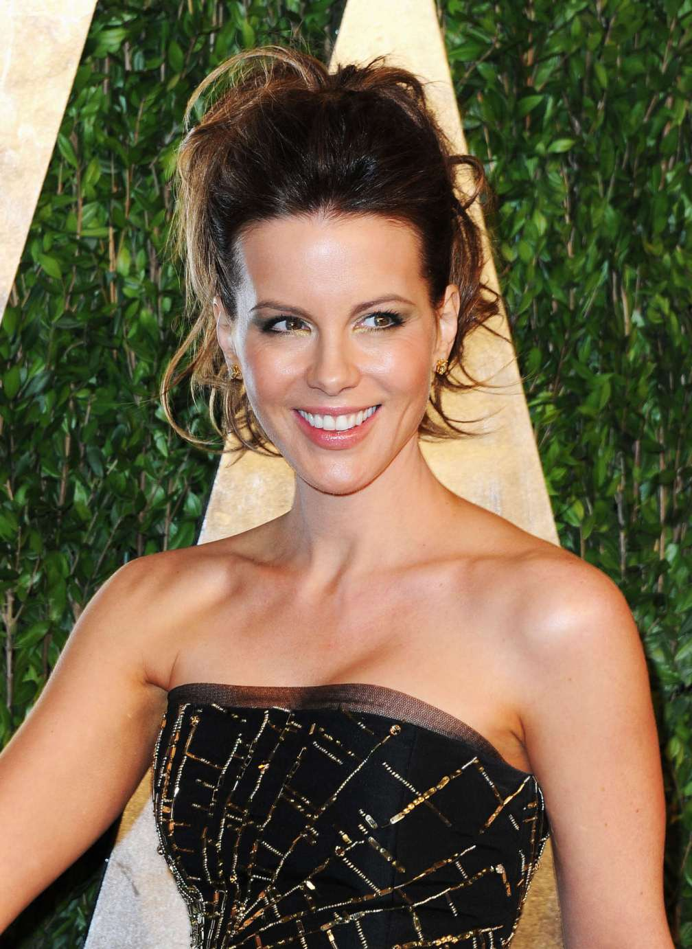 beautiful-dress-Kate-Beckinsale-2
