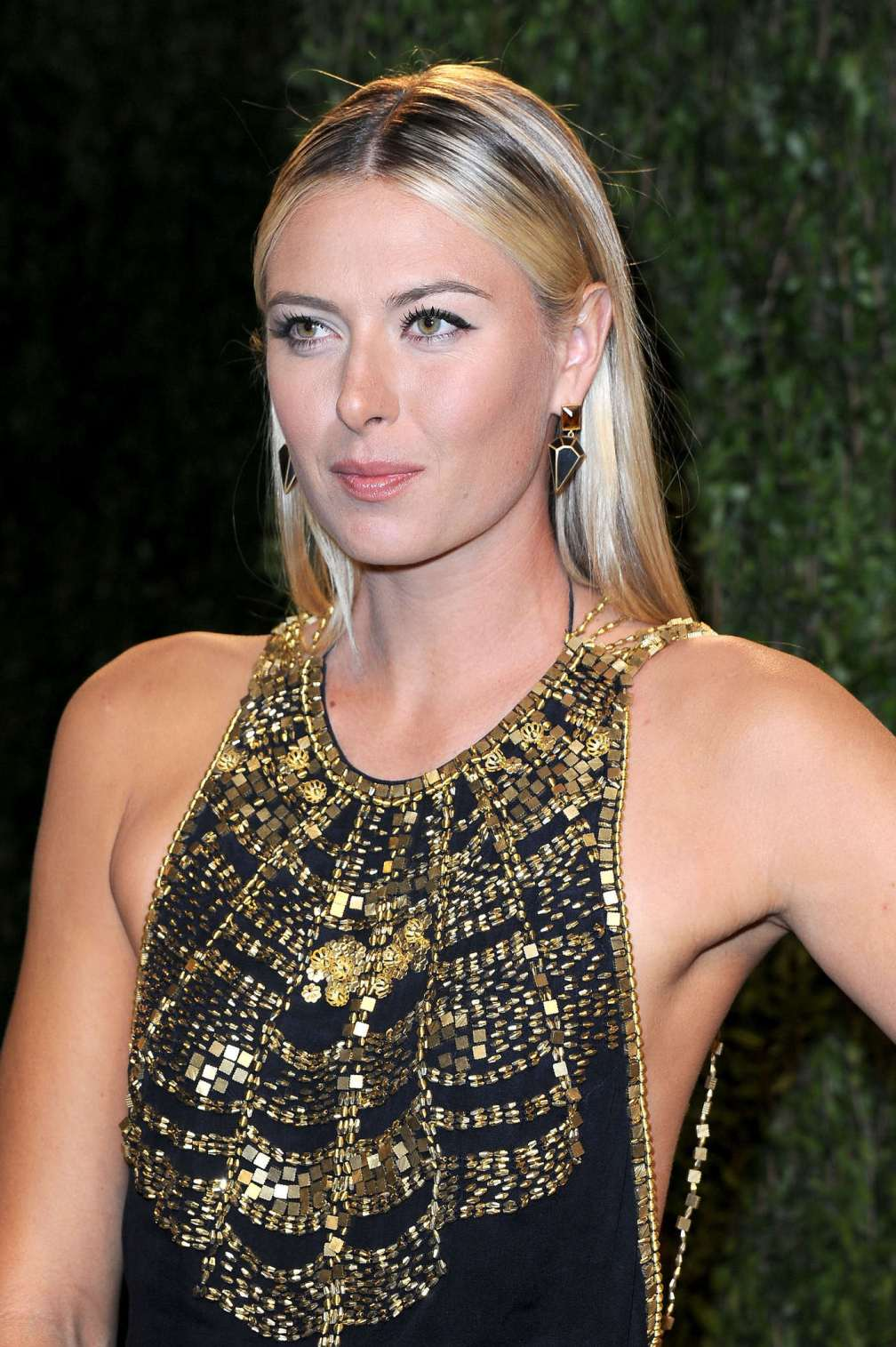 beautiful-dress-Maria-Sharapova-3