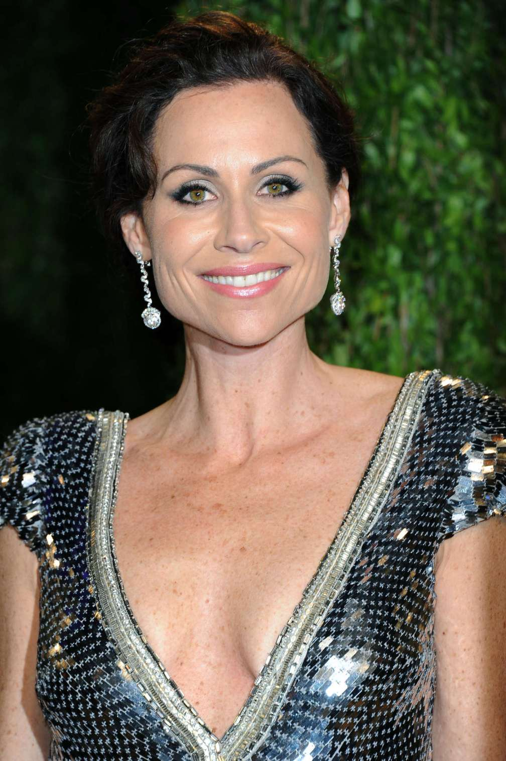 beautiful-dress-Minnie-Driver-3