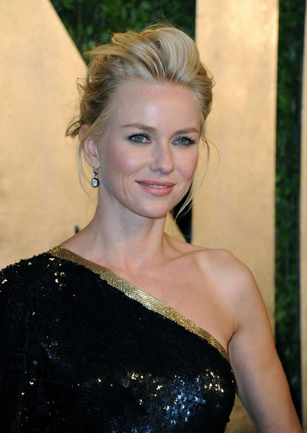 beautiful-dress-Naomi-Watts-2