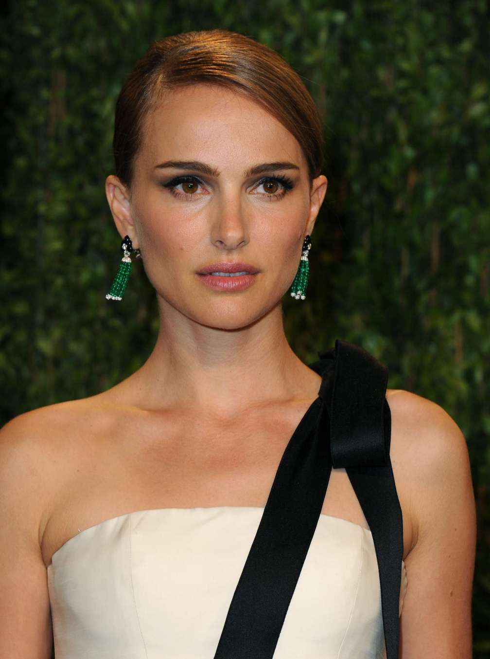 beautiful-dress-Natalie-Portman-3