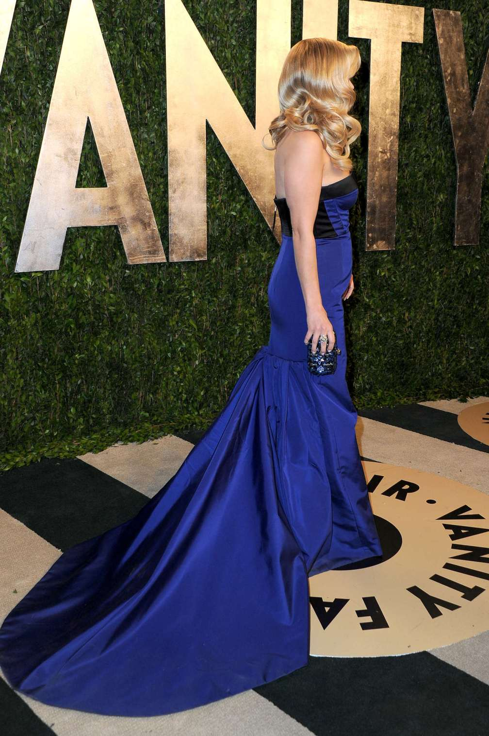beautiful-dress-Reese-Witherspoon-2