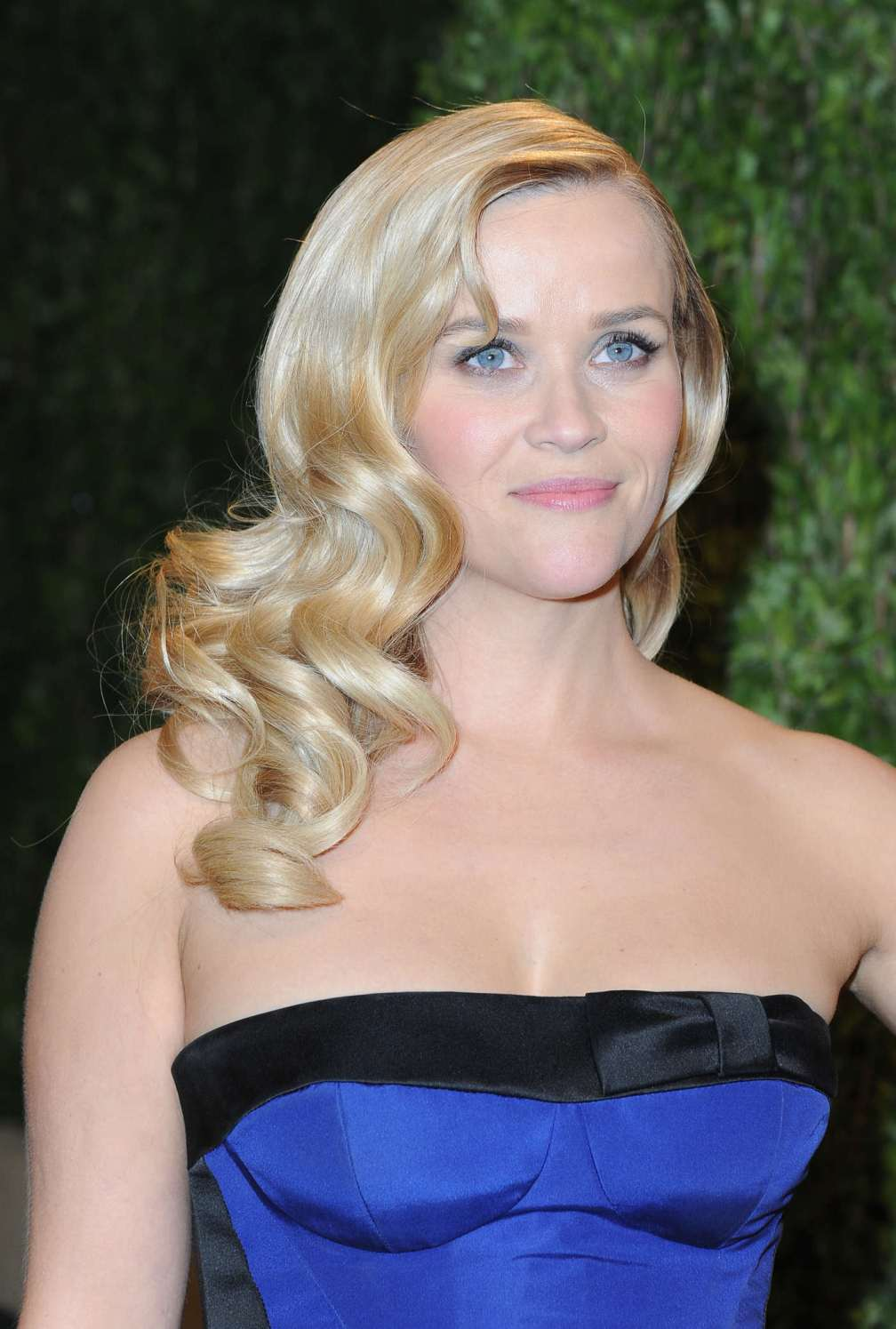 beautiful-dress-Reese-Witherspoon-3