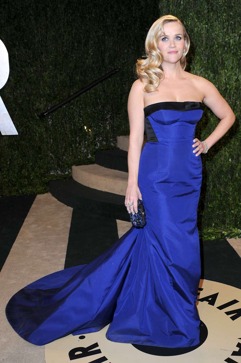 beautiful-dress-Reese-Witherspoon