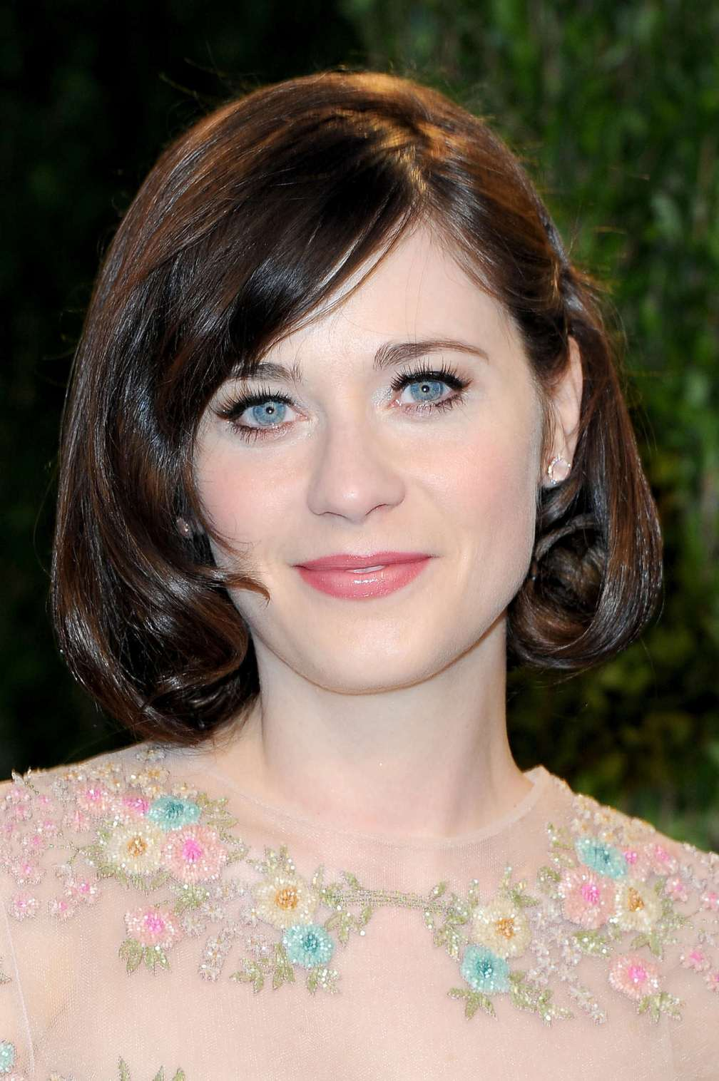 beautiful-dress-Zooey-Deschanel-4