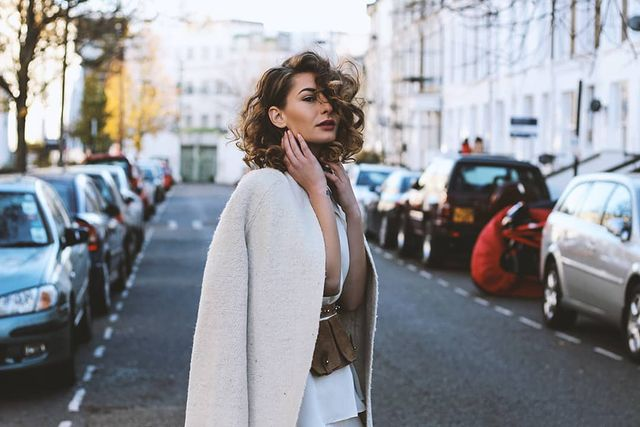 Хит сезона — Белое пальто